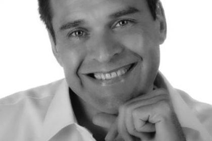 M. Serge VIDAL