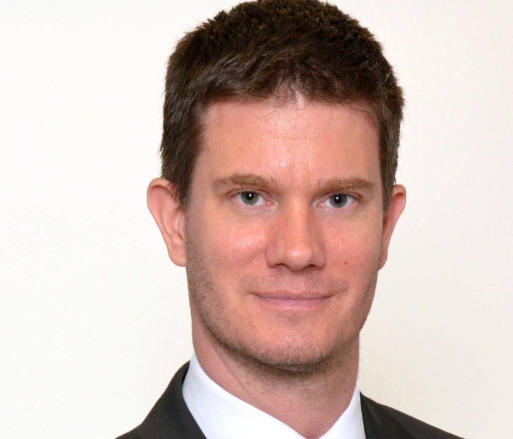 «Intelligence artificielle : politiques et règlementations en vue» – Dr. Olivier Naray dans Le Monde Économique